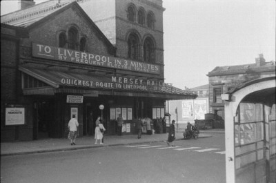 Hamilton Square Station 1956, Woodside
